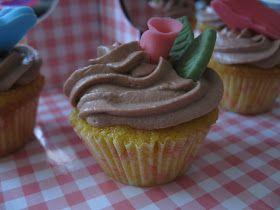 Roci en la cocina: Cupcakes de vainilla y nocilla