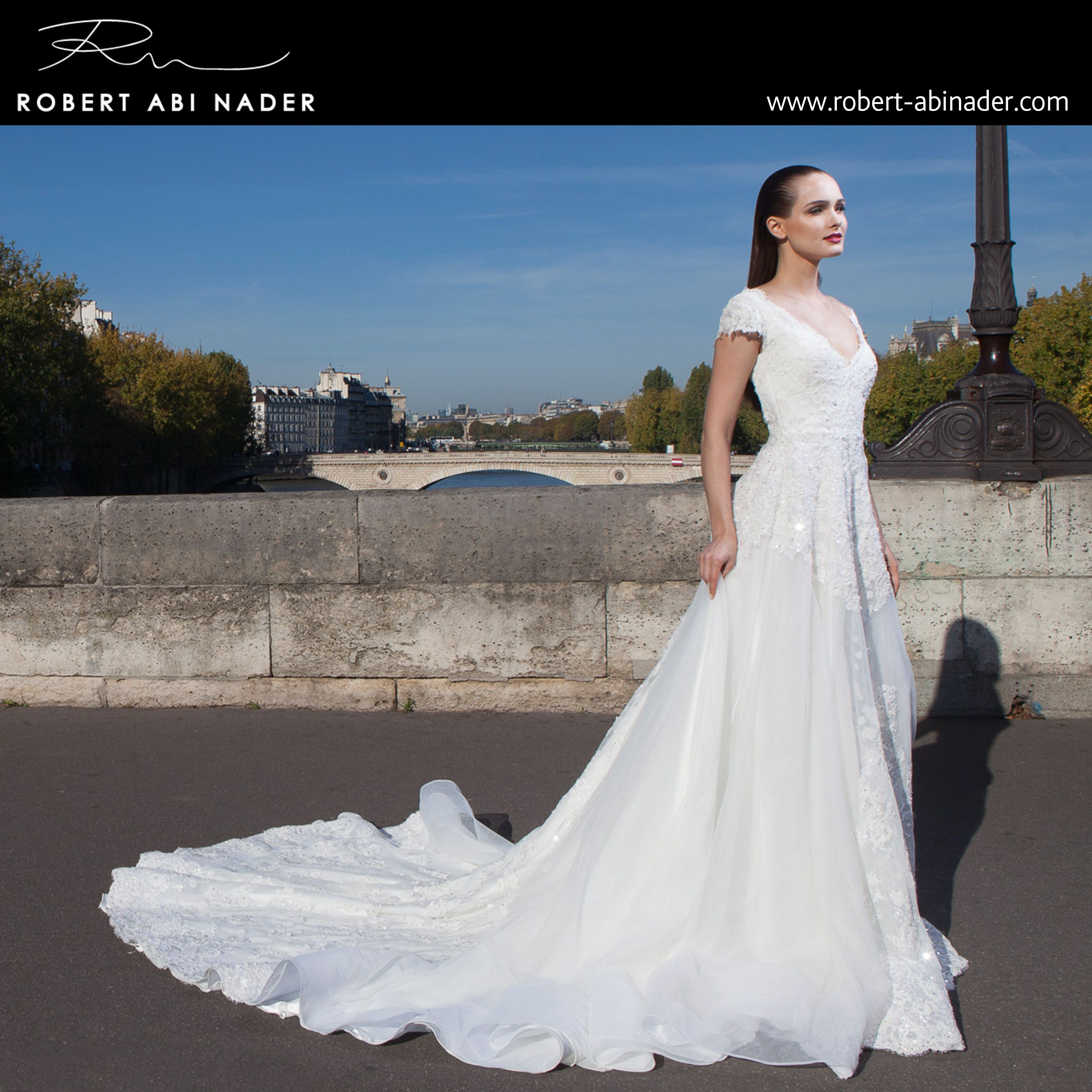Robert Abi Nader - Bridal 2015 Long, fitted and flared dress in embroidered white lace. #robertabinader #long #flared #dress #fashion #lace #white #hair #lebanon #hairstylist #weddingphotography #weddingphotographer #princess #beauty #beautiful #instastyle #bridal #london #paris #wedding #robert #abinader #wedding