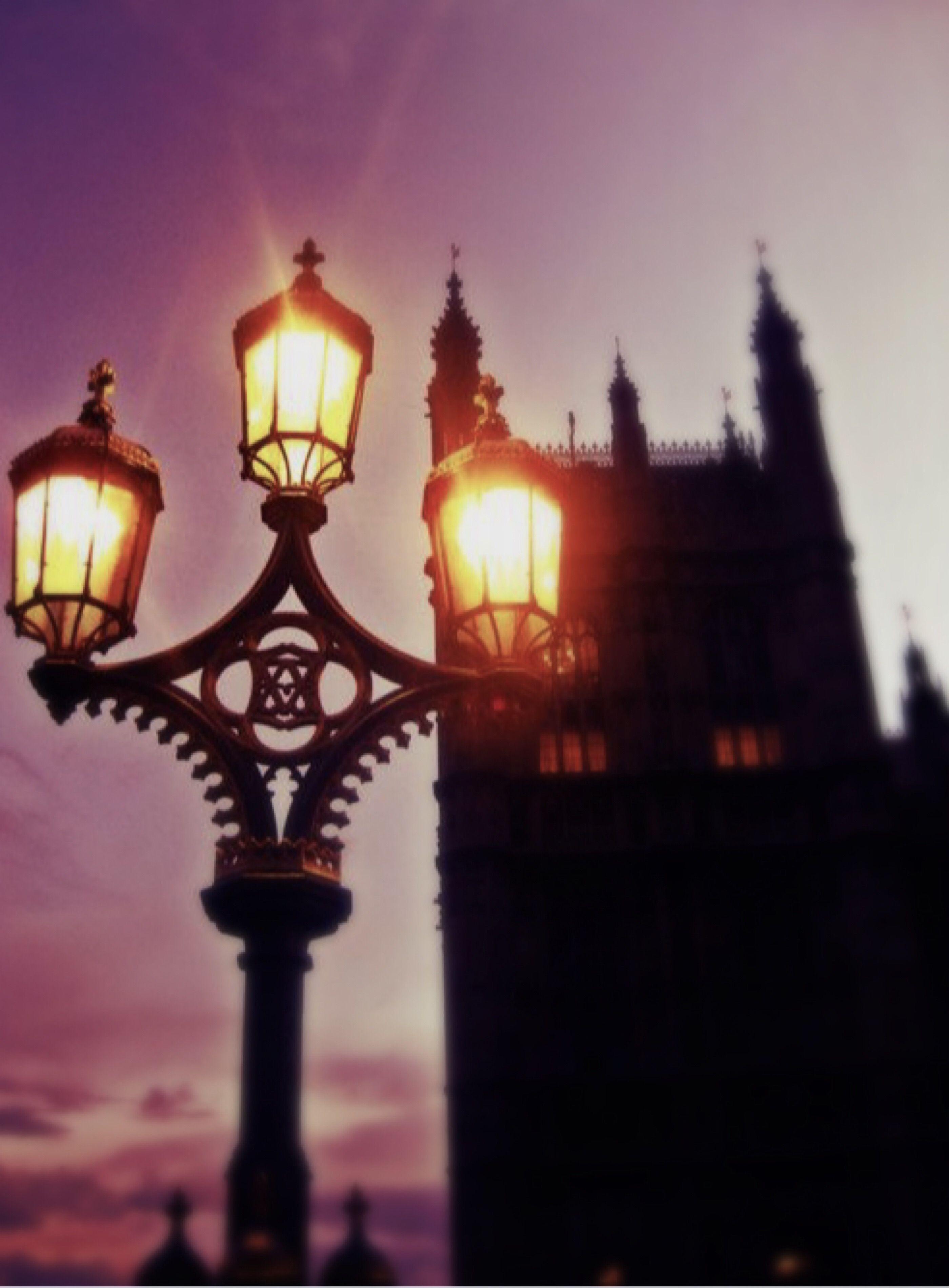 Pin By Jo Allen On Ye Olde Lanterns Lamp Posts Street Light Street Lamp Post Lights