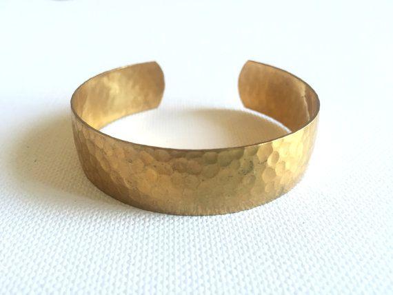vintage hammered solid brass bangle bracelet by tanzodesign
