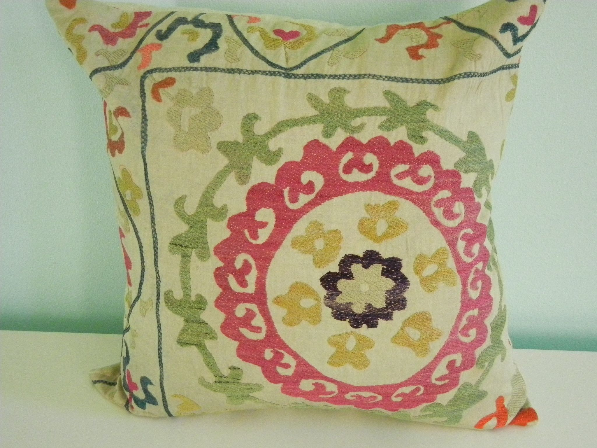 Accessorize your home with a fresh look! Add a beautiful vintage hand…