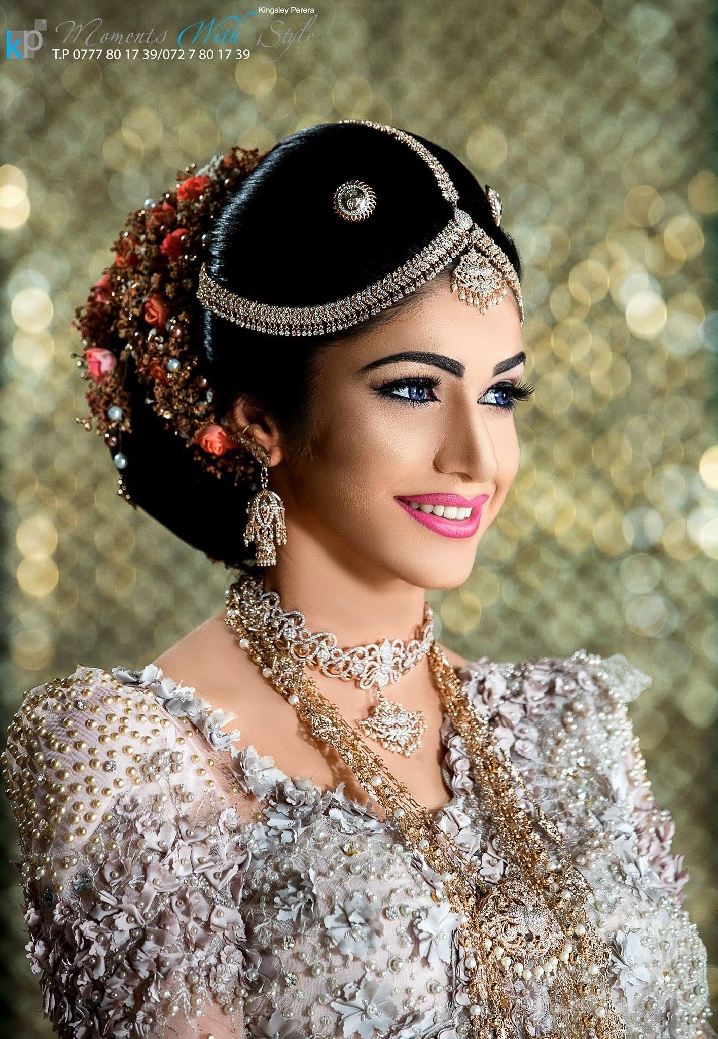 Pin By Sachi On Kandyan Bridal Sri Lanka Bridal Headdress Bridal Outfits Stunning Bride