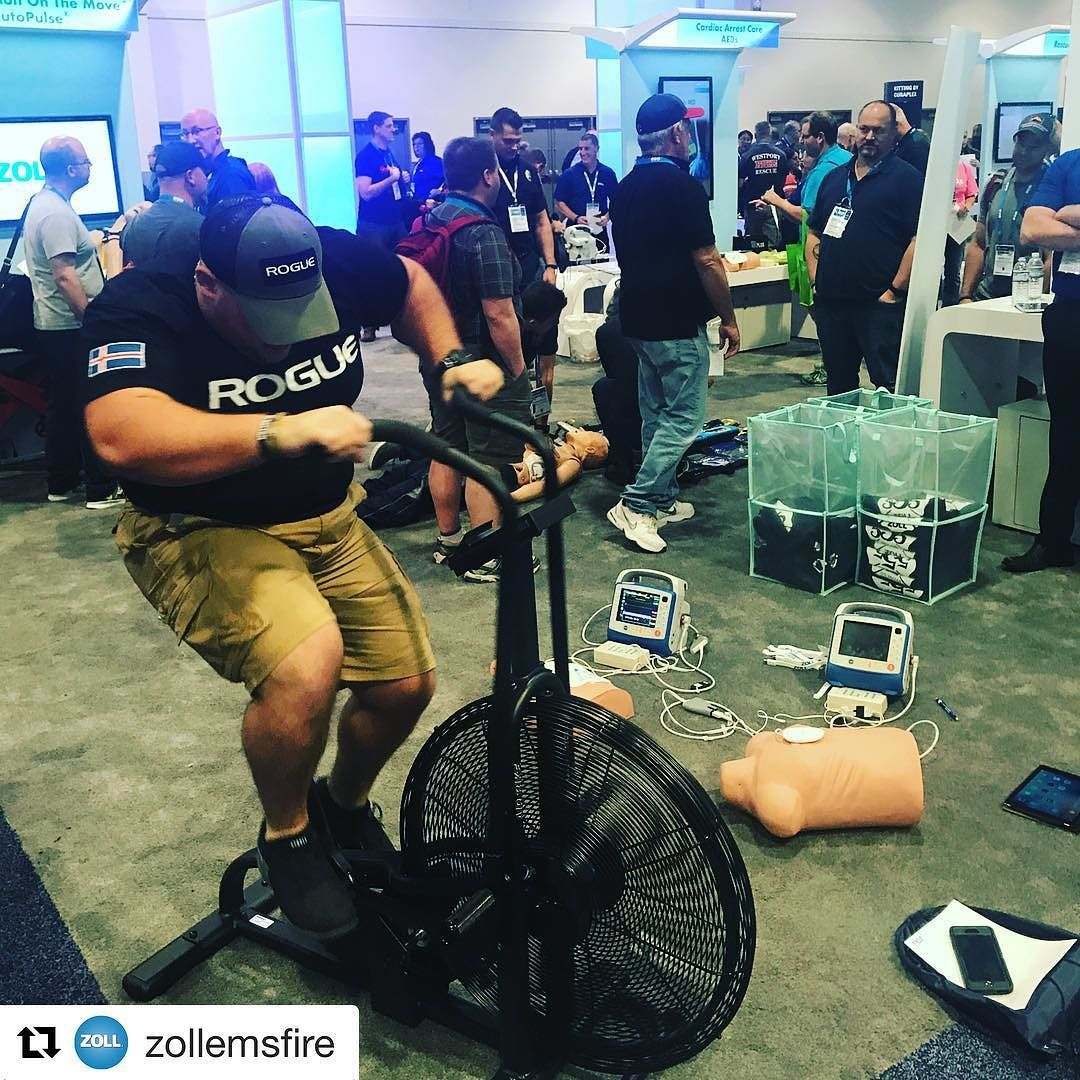Assaultoncpr challenge in progress at the EMS World Expo
