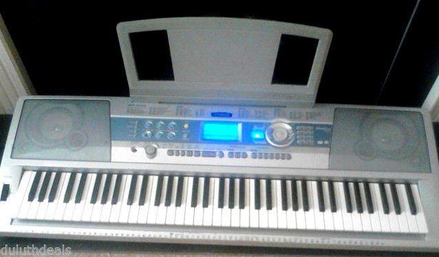 Yahama DGX-200 Portable Grand, 76 Keys Keyboard