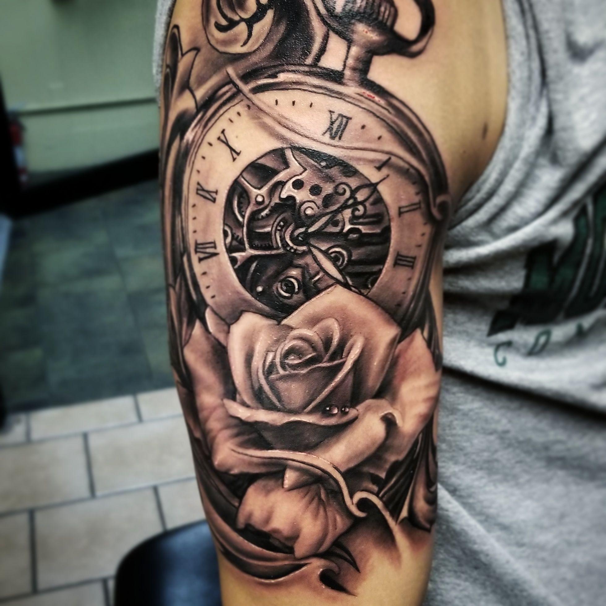 Ian Johnson Tattoos By Ian Tattoo Chicago Chicago Tattoo Artist Aztekink Victory Tattoo Harvey Matteson Il Black Tattoos Victory Tattoo Chicago Tattoo