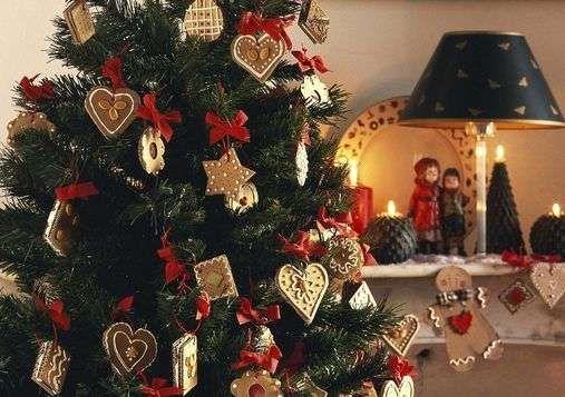 Albero Di Natale Decorato Con Biscotti.Pin Su Christmas