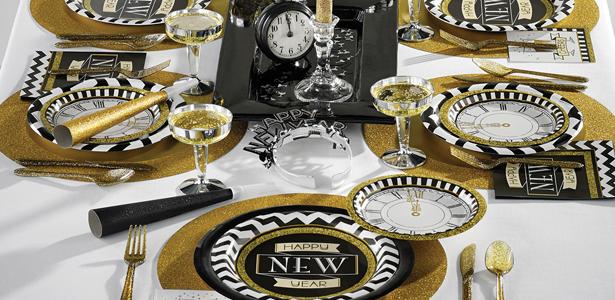 Idee Repas Nouvel An Pas Cher.Deco De Table Nouvel An Happy New Year Noir Et Dore Pas Cher