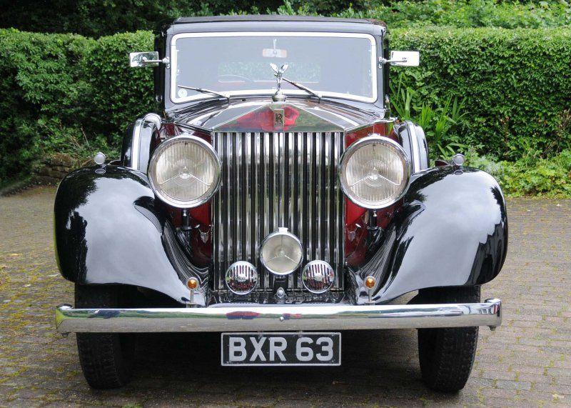 Dunya Capindaki Araba Koleksiyoncularindan Klasik Araba Ilanlari Classic Cars Vintage Classic Cars Rolls Royce