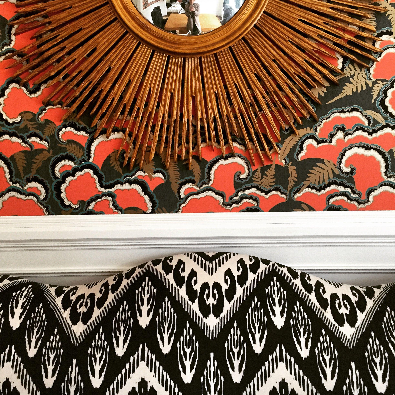 Pattern Mixing in Dining Room, Ikat settee, gold sunburst