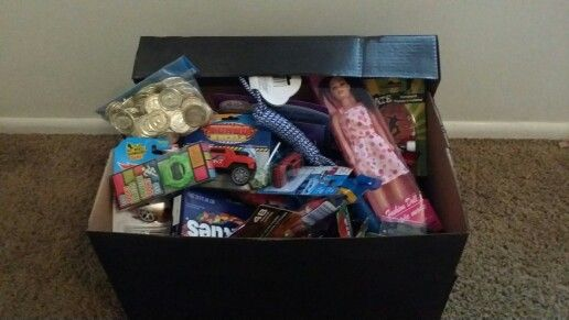 Kids treasure chest foe doing chores. Use earned pirate coins to buy prizes out of the treasure chest.