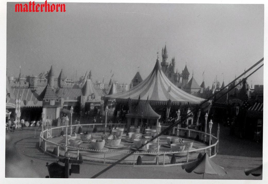 vintage disneyland rides | stuff from the park: April 1956 Slow Day at Disneyland