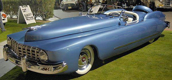 D lires de designers page 2 famous cars pinterest - Vieille voiture decapotable ...