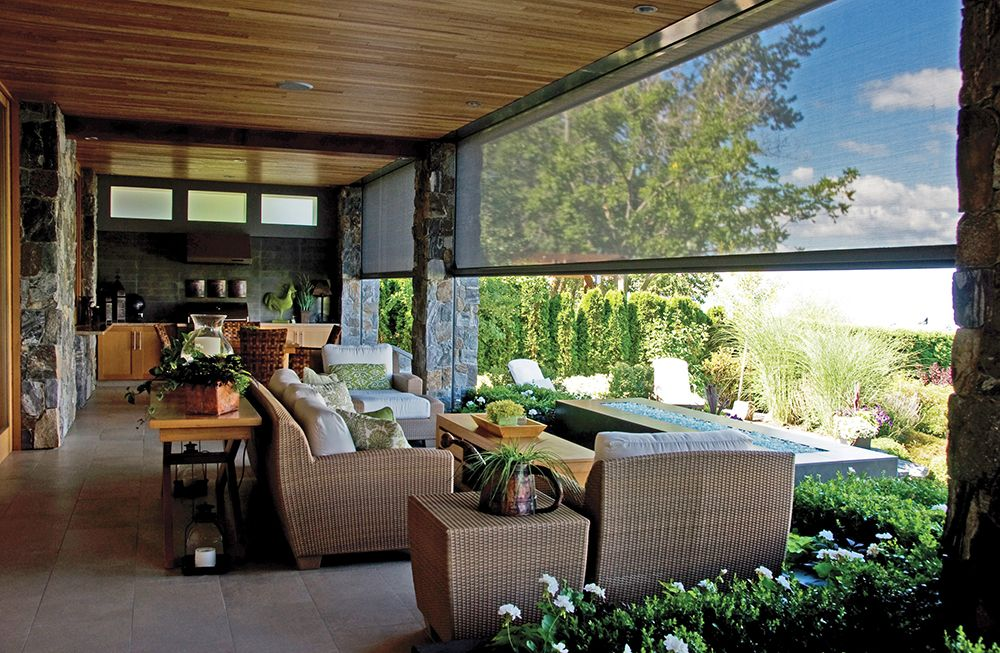 Phantom screens executive motorized retractable screens for Retractable outdoor screens