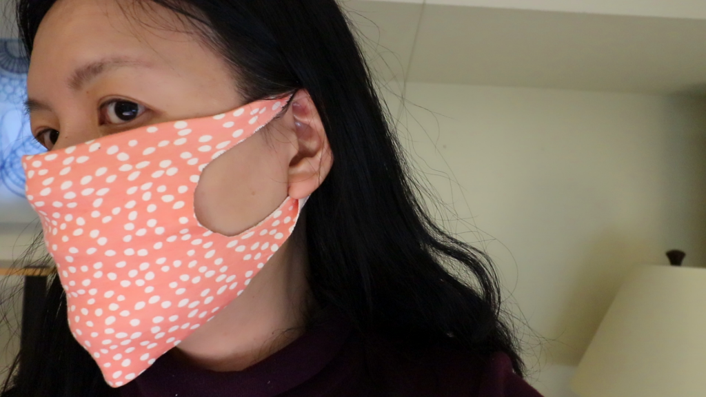 Photo of Easy No-sew Face Mask with a T-shirt or Fleece (free pdf download) –