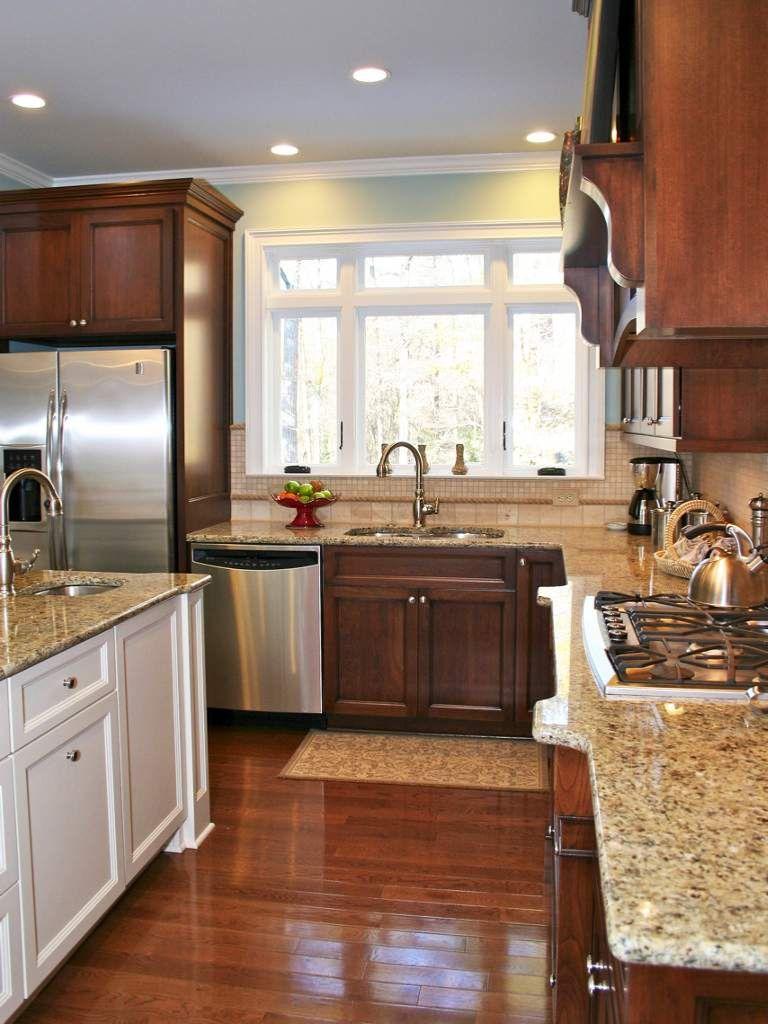 Cute everyday kitchen