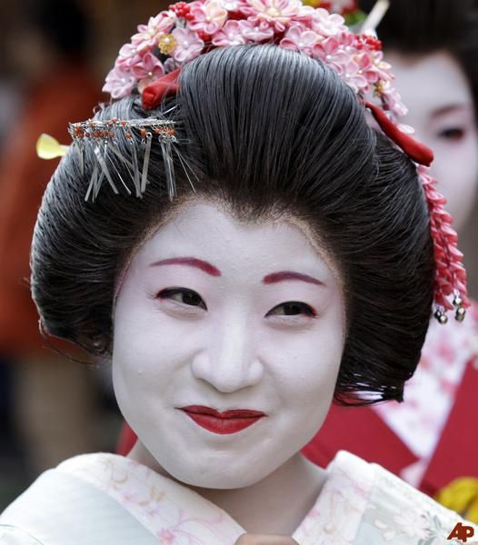 Japanese Women Spend Twice As Much Time And Money On Their Skin As Any Other Women In The World ...