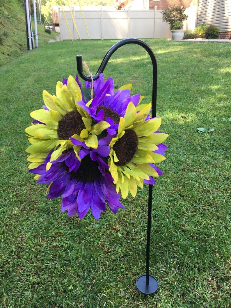 Cemetery flowerspomander flowersmemorial flowerskissing