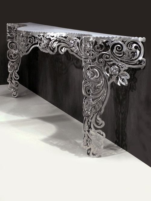 Create a dramatic effect with the designer limited edition for Table exterieur design aluminium