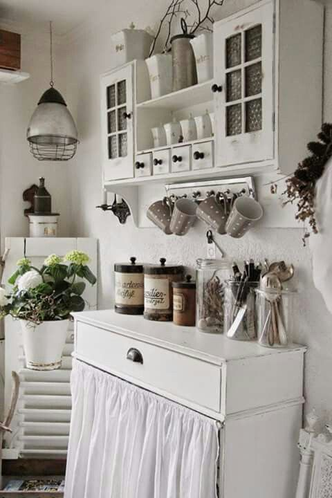 50 Fabulous Shabby Chic Kitchens That Bowl You Over: Inspiration Shabby Chic & Décoration Romantique