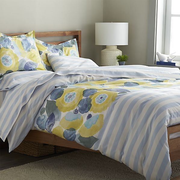 marimekko kesahelle duvet covers and pillow shams crate and barrel - Marimekko Bedding