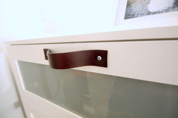 Poignees En Cuir Sur Meuble Ikea Brimnes Meubles Ikea