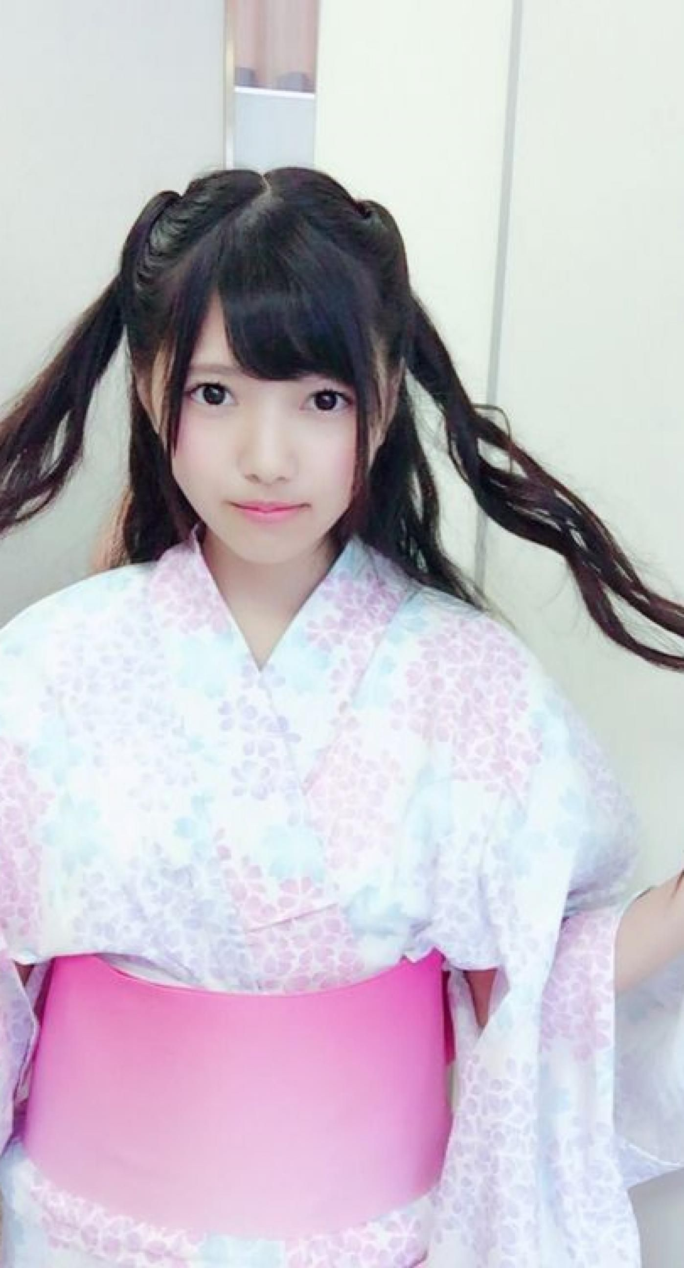 上村莉奈の着物画像