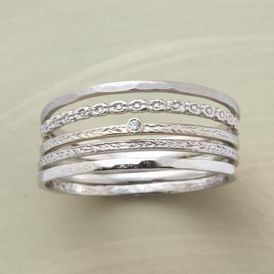 diamond kissed stack rings