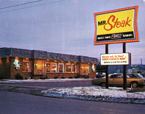 Mr Steak Ate Here All The Time Ican Still Remember The Fried Chicken With Fries And Peaches The Good Old Days Classic Restaurant Vintage