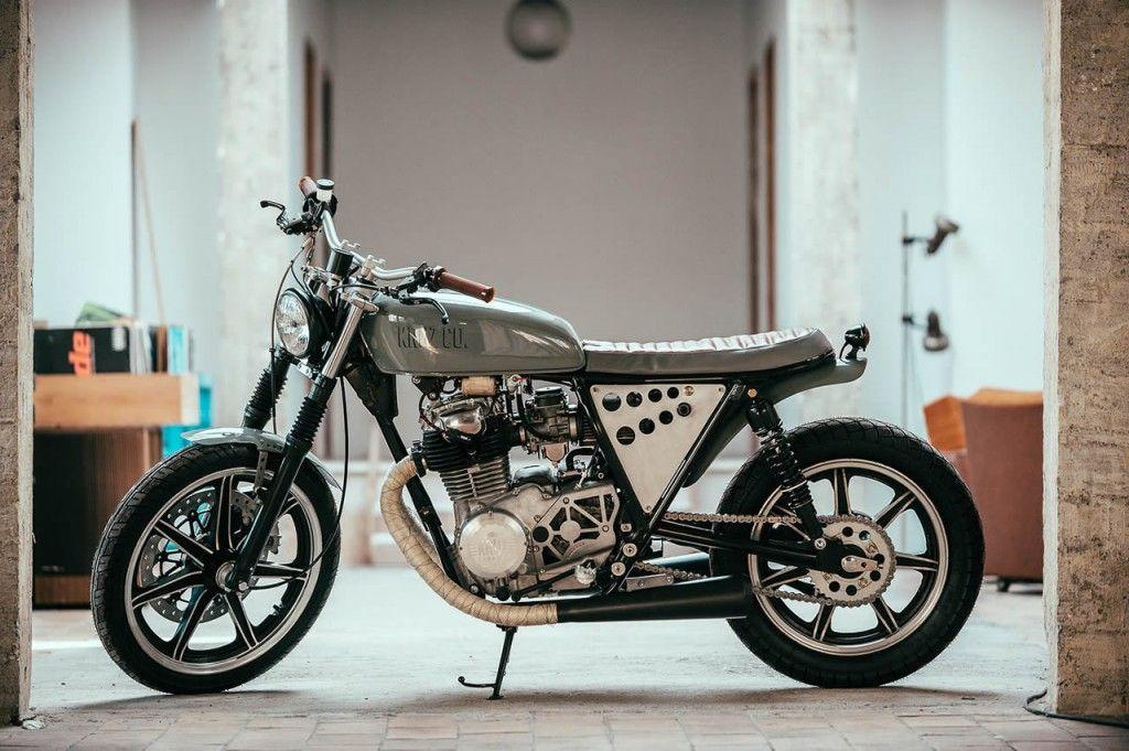 Yamaha XS 400 by Kruz Company