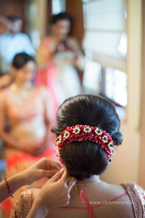 Mumbai Weddings Pranav Vallari Wedding Story Wed Me Good Bridal Hair Buns Bridal Hairdo Indian Hairstyles