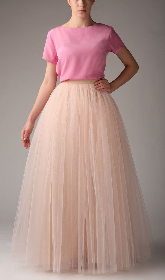 29d952b0f Maxi tulle skirts for bridesmaids? Yes, please. // Champagne tulle maxi  skirt by Fanfaronada on Etsy.