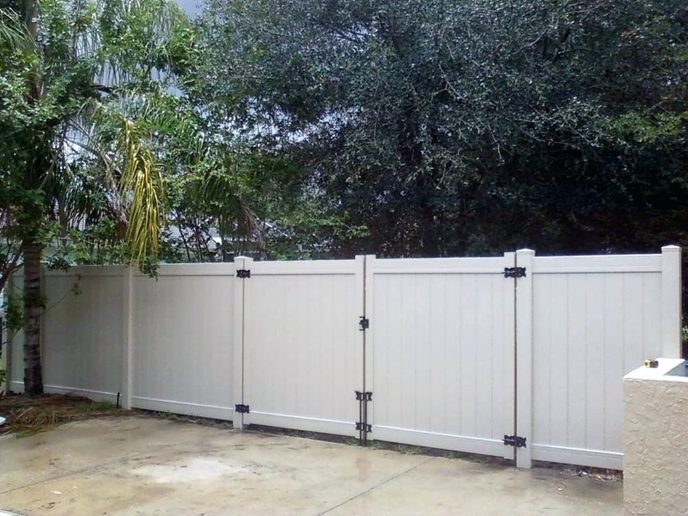 The Main Wood Fence Gate Kit In 2020 Vinyl Fence Wood Fence