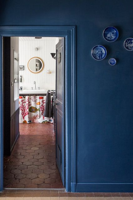 The restaurateur Charles Compagnon and the furniture designer Gesa Hansen open the doors to their 19th-century home, where they've installed a coffee roaster in the former horse stables.