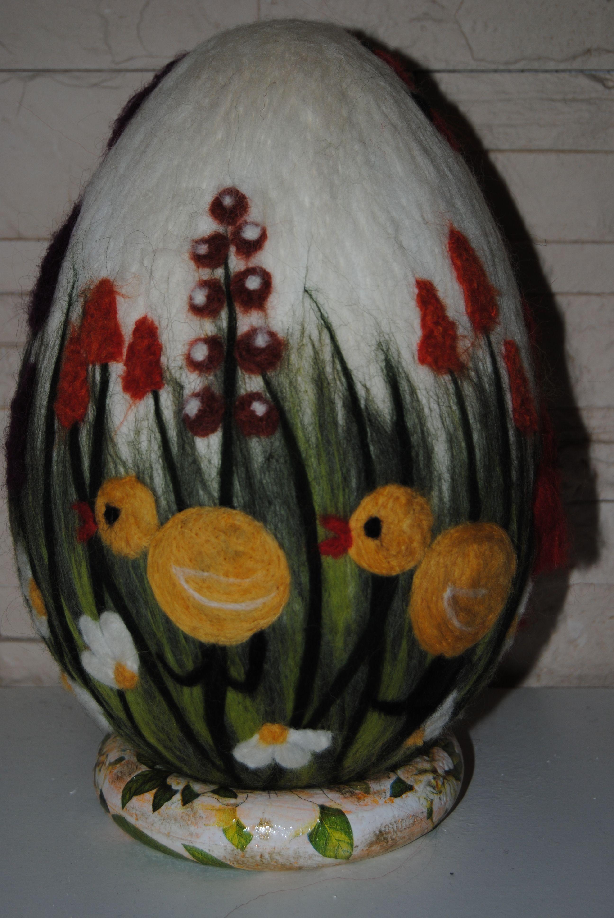 Pisanka Filcykowe Kurczaczki Praca Wykonana Technika Filcowania Na Sucho Wool Felt Projects Wool Needle Felting Egg Crafts