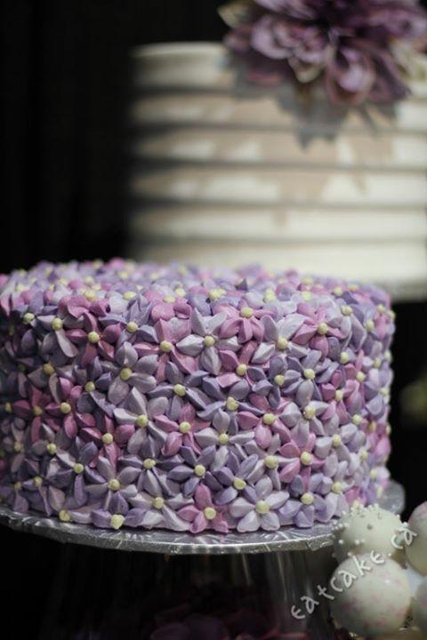 Buttercream Lilac Flowers In Purple Cakes Buttercream