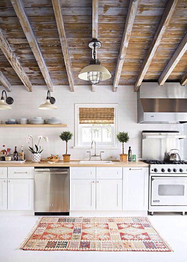 Un tapis de cuisine noir et blanc pour accentuer le style scandinave