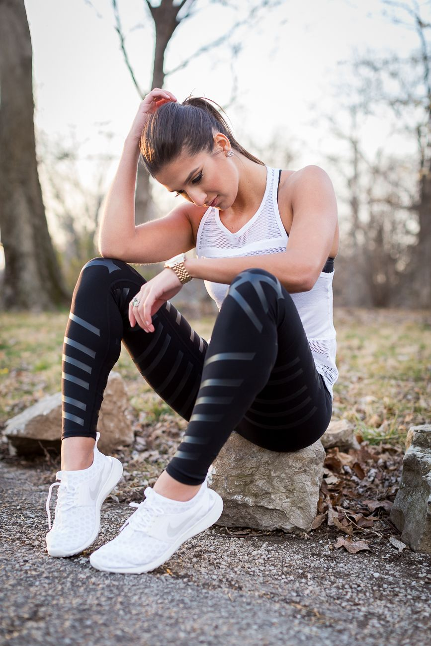 all white nikes, white nike sneakers, weekly fitness routine, weekly workout routine, leg day, arm workouts, leg exercises, arm exercises, full body exercises // grace wainwright from @asoutherndrawl