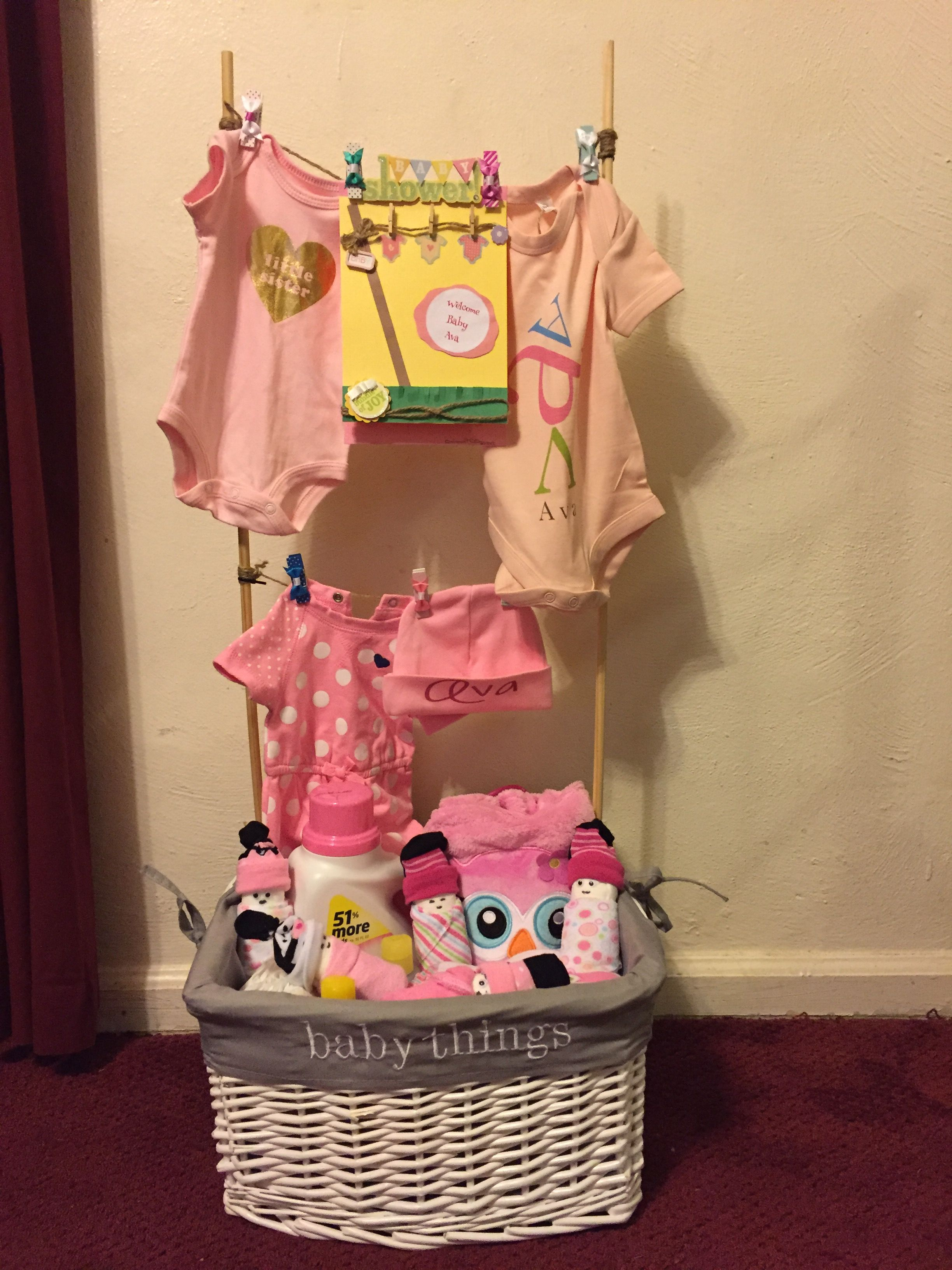 baby clothesline laundry basket i made made by me pinterest windeltorte baby geschenke. Black Bedroom Furniture Sets. Home Design Ideas