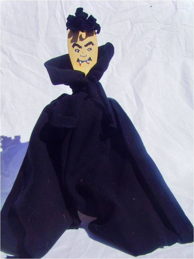 A Wooden Spoon Vampire is a great craft for Halloween for Kids and - halloween decorations to make at home for kids