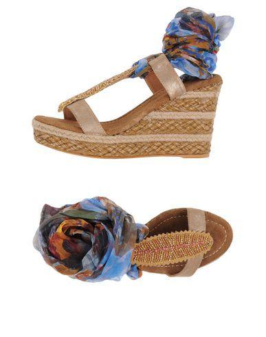 ALMA EN PENA. Women's Sandals Camel 7 US