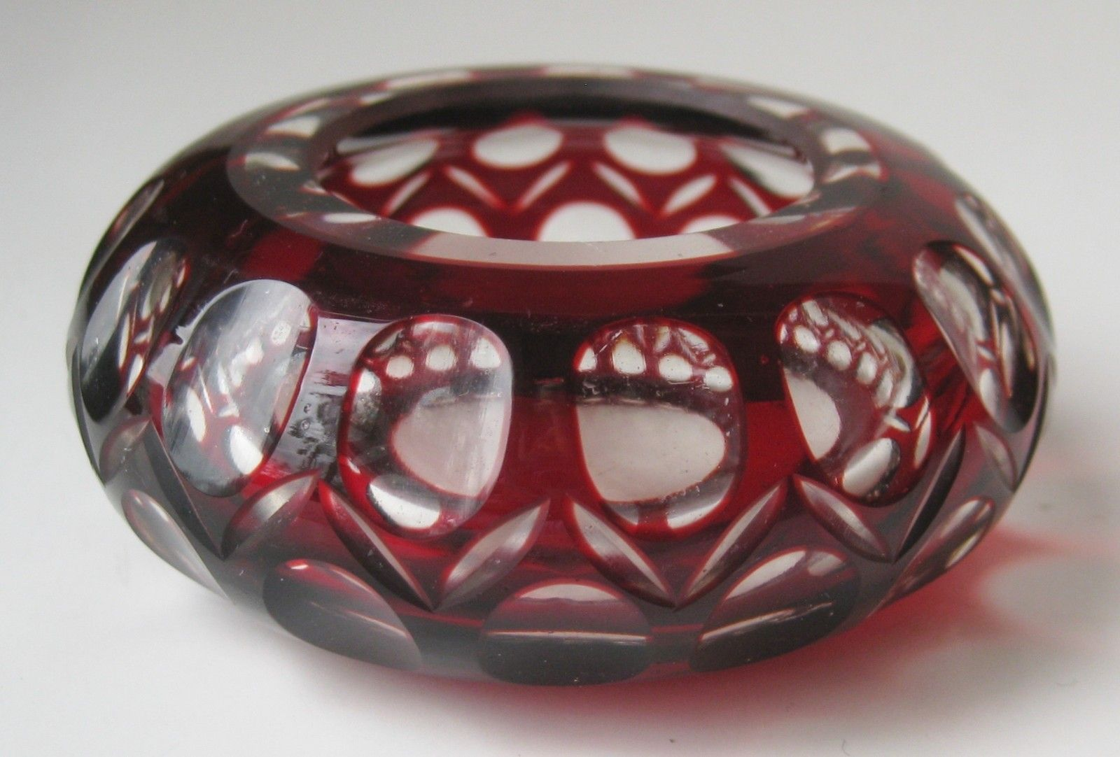 Vintage moser bohemian ruby red cut to clear coin dot glass bowl vintage moser bohemian ruby red cut to clear coin dot glass bowl master salt reviewsmspy