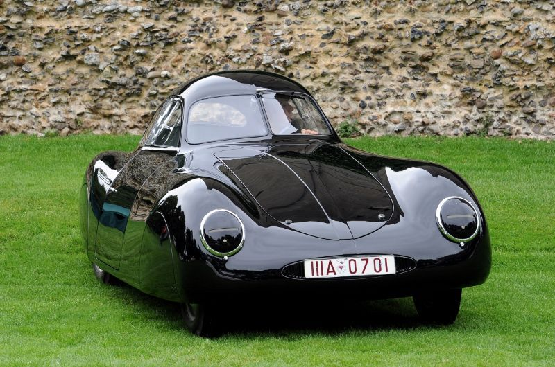The Clics at the Castle Porsche Concours 2011 event was held ...