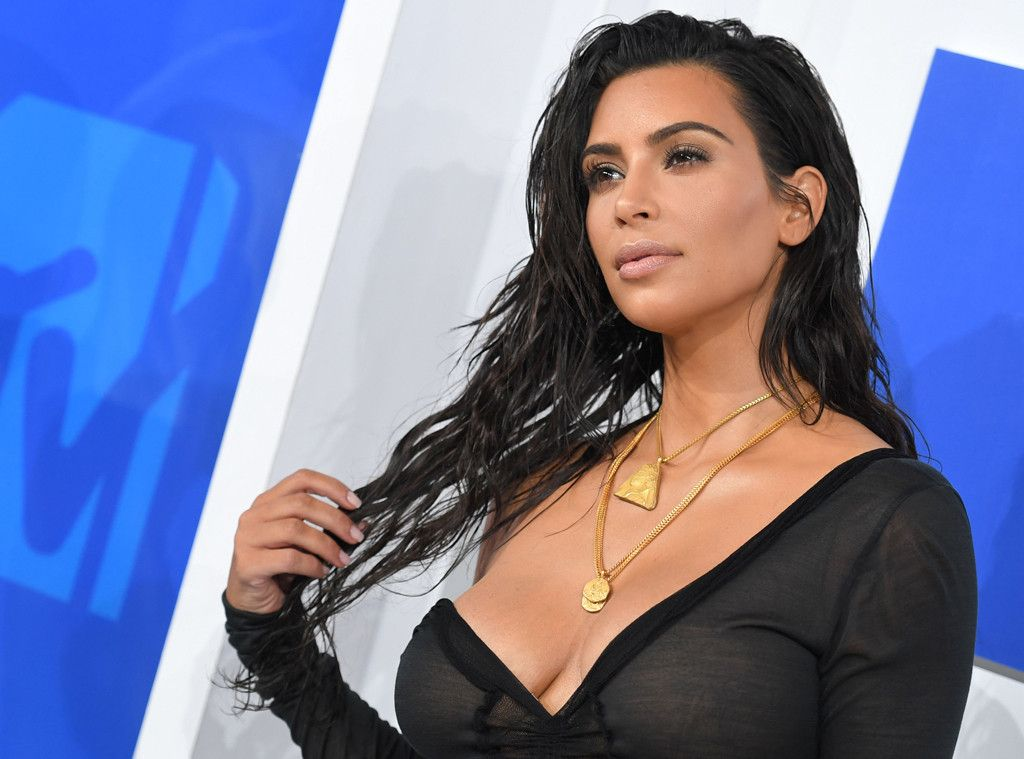How to Get Kim Kardashian's Radiant Complexion—Her Makeup Artist ...