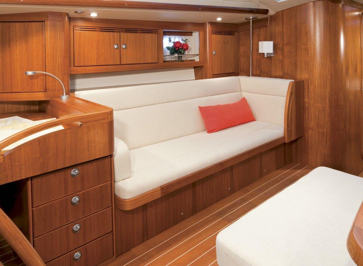 Wohnraum auf der Sunbeam 53.2 #yachtlife