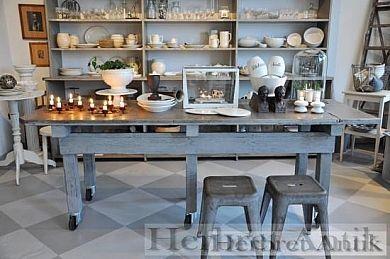 213 Slaktbänk 5200 kr | Möbler