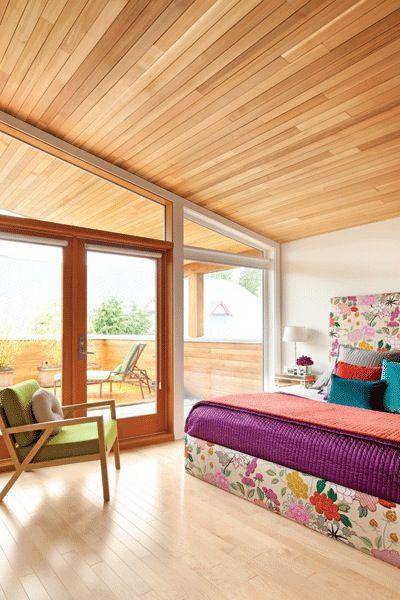 Techos de madera para una habitaci n con mucha luz for Choza de jardin de madera techo plano