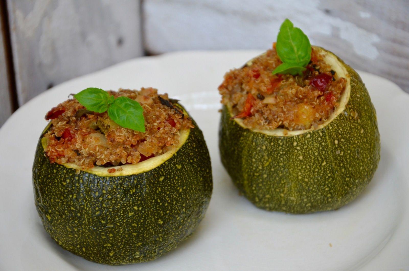 Courgettes farcies au quinoa et aux légumes | Courgettes ...