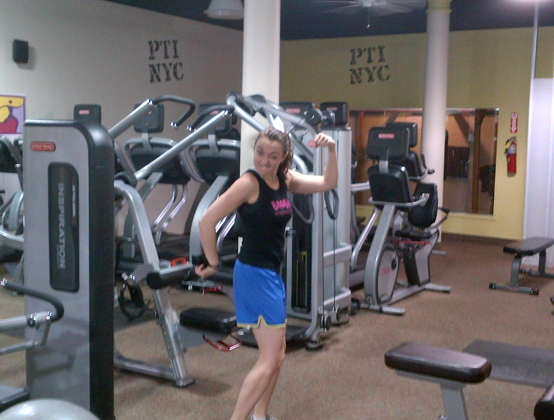 Ashley, getting ready for her Madreps workout!!!