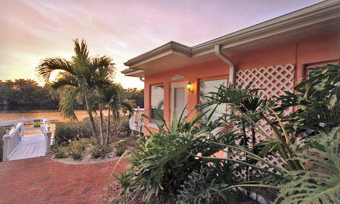 Siesta Key Bungalows Deal Of The Day Groupon