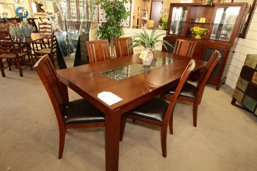 Najarian Bali Dining Table With 6 Chairs